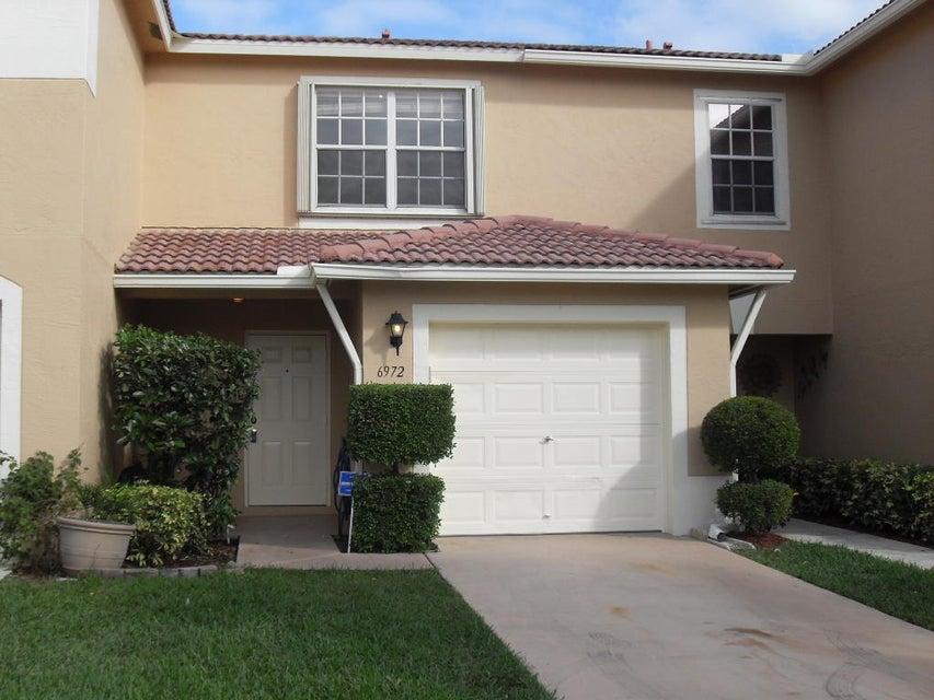 Stadthaus für Verkauf beim 6972 Mill Brook Place 6972 Mill Brook Place Lake Worth, Florida 33463 Vereinigte Staaten