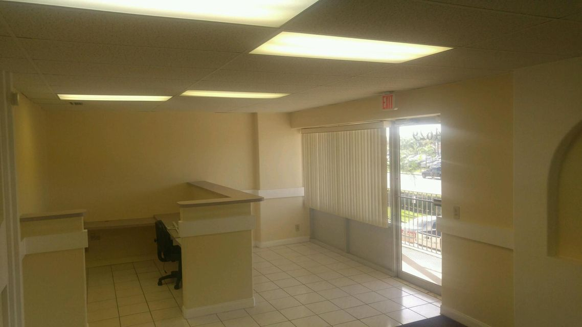 Commercial / Industrial for Rent at 4615 10th Avenue N 4615 10th Avenue N Lake Worth, Florida 33463 United States