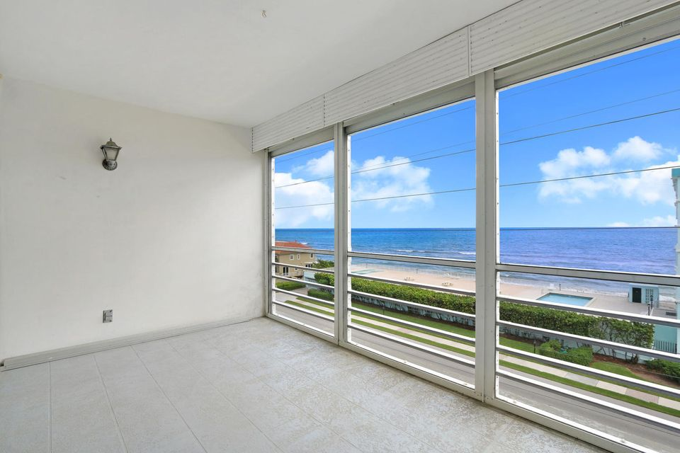 Co-op / Condo for Sale at 911 Ocean Drive 911 Ocean Drive Juno Beach, Florida 33408 United States