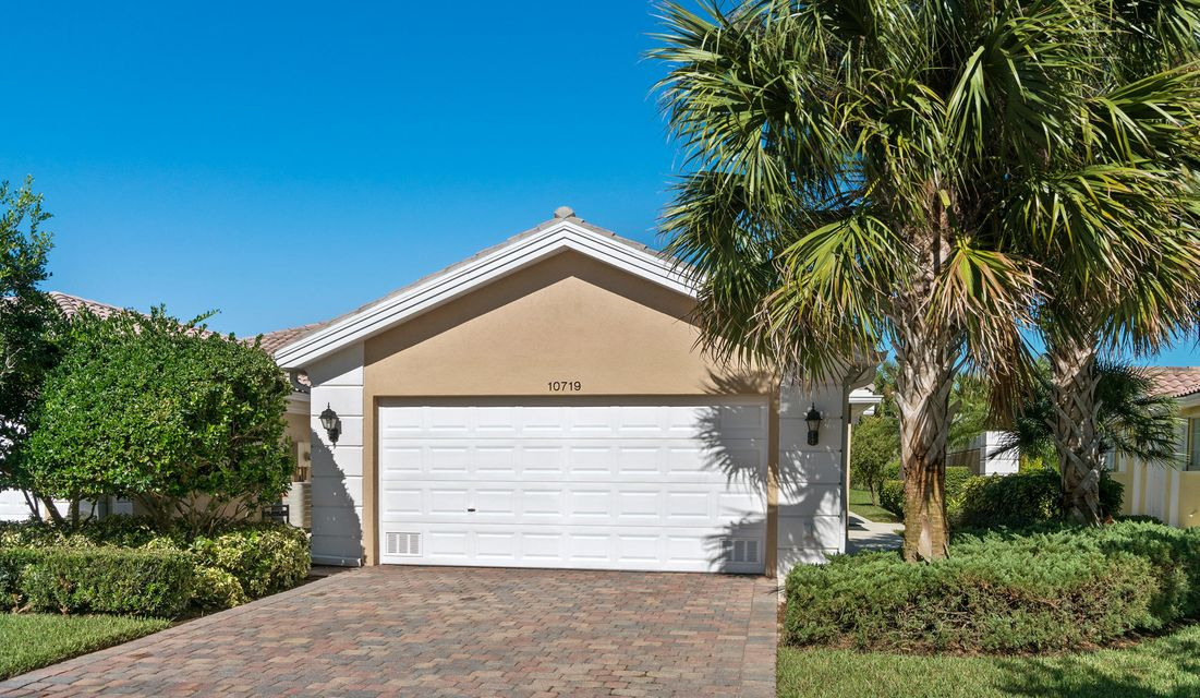 Villa for Sale at 10719 SW Hartwick Drive 10719 SW Hartwick Drive Port St. Lucie, Florida 34987 United States