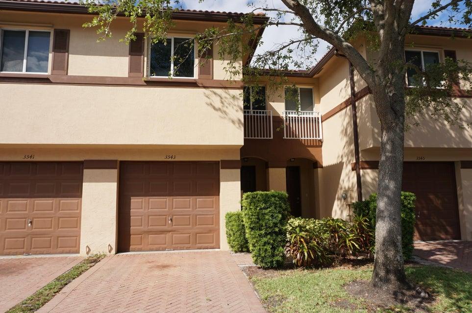 Casa unifamiliar adosada (Townhouse) por un Venta en 3543 Oleander Terrace 3543 Oleander Terrace Riviera Beach, Florida 33404 Estados Unidos