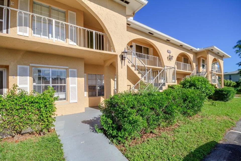Konsum / Eigentumswohnung für Verkauf beim 13737 Flora Place 13737 Flora Place Delray Beach, Florida 33484 Vereinigte Staaten