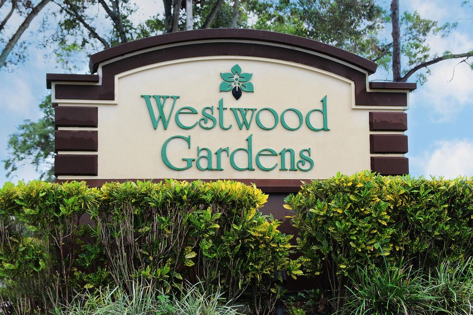 Real Estate CONTINGENT - 5517 Eagle Lake Drive, Palm Beach Gardens ...