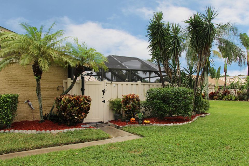 5517 Eagle Lake Drive Drive , Palm Beach Gardens FL 33418 is listed for sale as MLS Listing RX-10377854 18 photos
