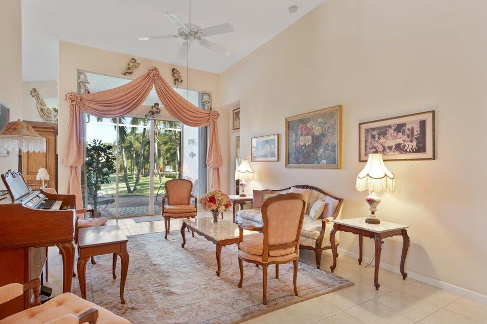 229 Palm Circle Atlantis, FL 33462 - photo 8