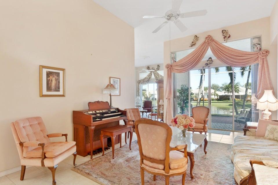 229 Palm Circle Atlantis, FL 33462 - photo 9