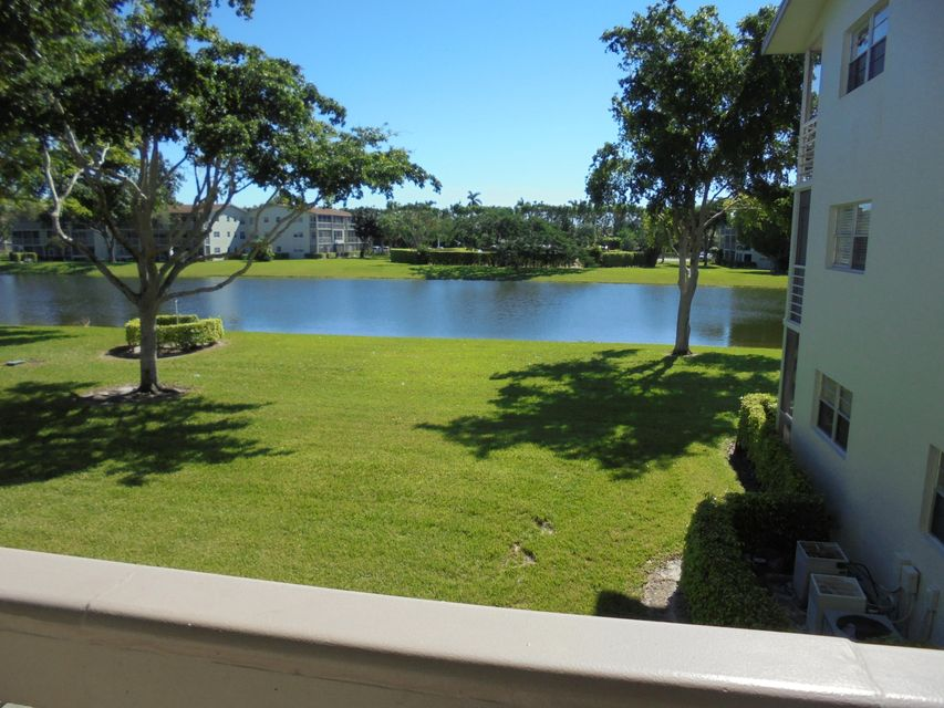 Additional photo for property listing at 318 Dorset H 318 Dorset H Boca Raton, Florida 33434 United States