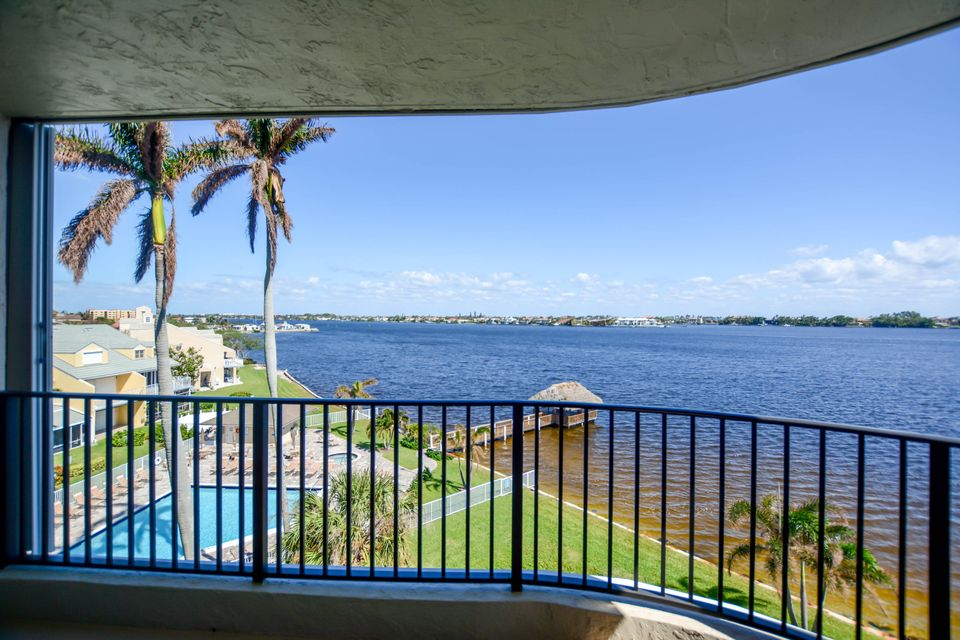 Home for sale in Lakeshore Colony Hypoluxo Florida