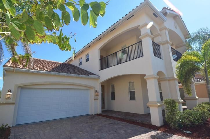 Additional photo for property listing at 730 Cresta Circle 730 Cresta Circle West Palm Beach, Florida 33413 Estados Unidos