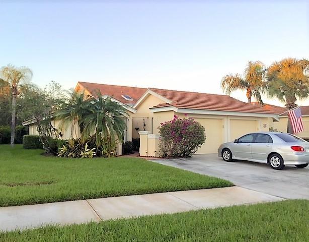 Villa für Verkauf beim 3781 SW Whispering Sound Drive 3781 SW Whispering Sound Drive Palm City, Florida 34990 Vereinigte Staaten