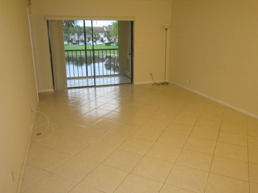 Additional photo for property listing at 22017 Palms Way 22017 Palms Way Boca Raton, Florida 33433 Vereinigte Staaten