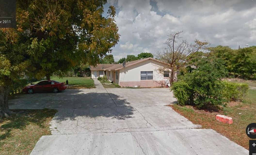 Triplex for Sale at 4145 42nd 4145 42nd Lake Worth, Florida 33461 United States