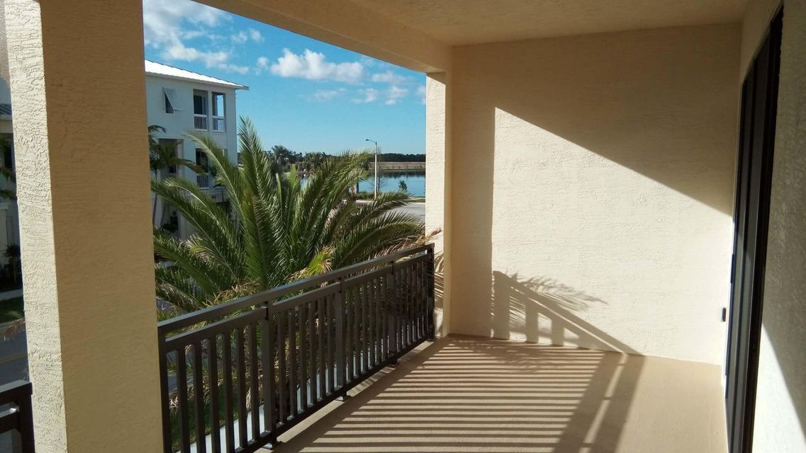 Additional photo for property listing at 7109 Edison 7109 Edison Palm Beach Gardens, Florida 33418 États-Unis