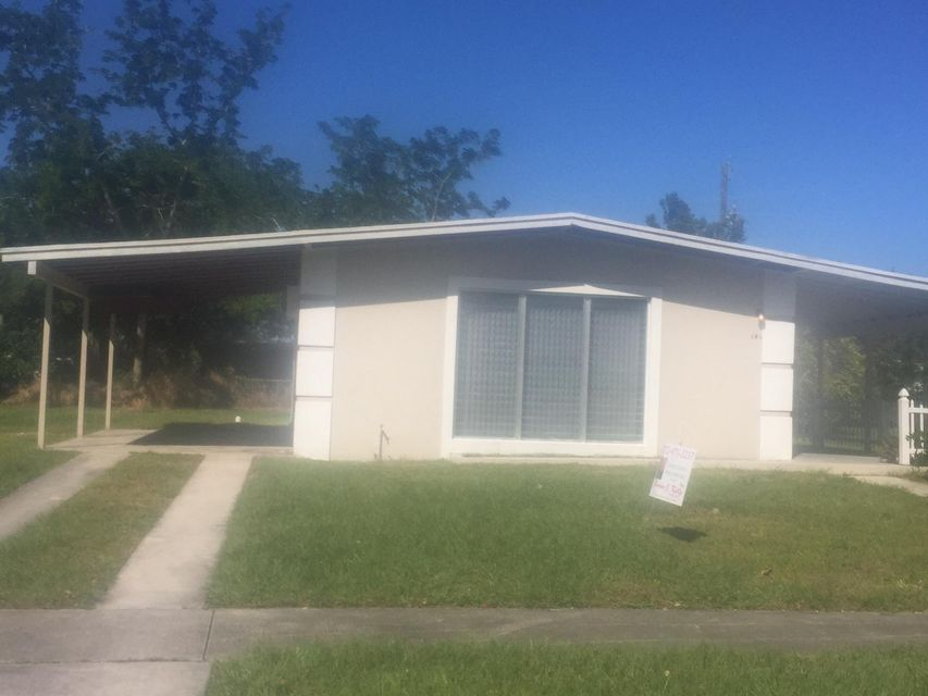 Rentals for Rent at 141 SE El Sito Court 141 SE El Sito Court Port St. Lucie, Florida 34983 United States