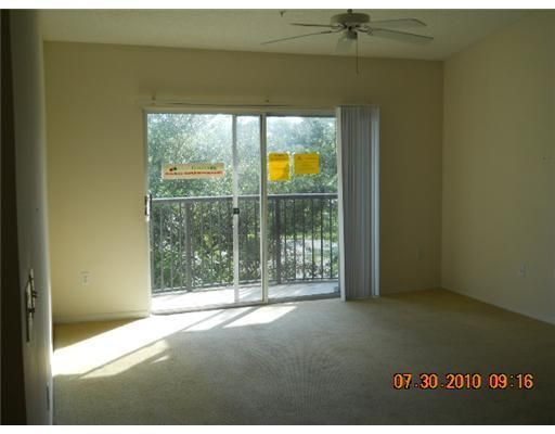 400 N Crestwood Court 409 Royal Palm Beach, FL 33411 photo 4