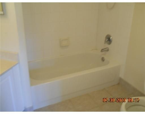 400 N Crestwood Court 409 Royal Palm Beach, FL 33411 photo 11