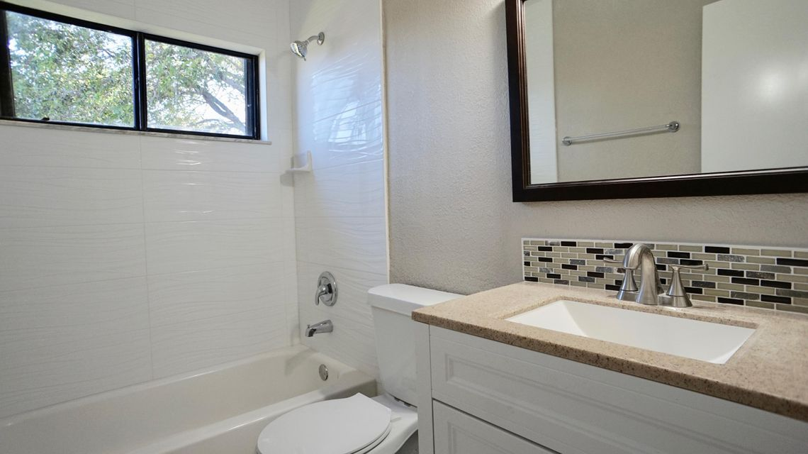 Additional photo for property listing at 4232 Palm Bay Circle 4232 Palm Bay Circle West Palm Beach, Florida 33406 Vereinigte Staaten