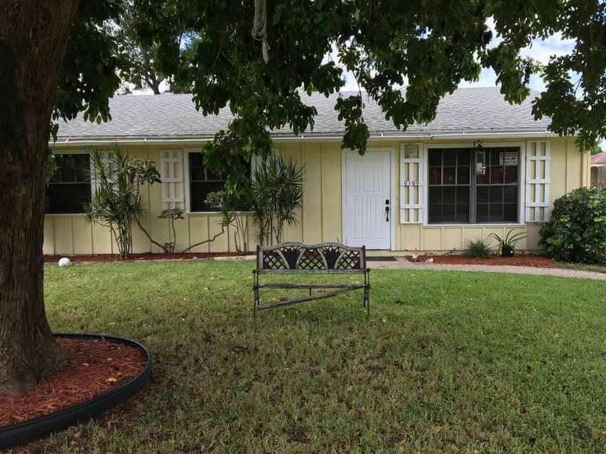 Casa Unifamiliar por un Venta en 9199 Bracelet Drive 9199 Bracelet Drive Lake Worth, Florida 33467 Estados Unidos