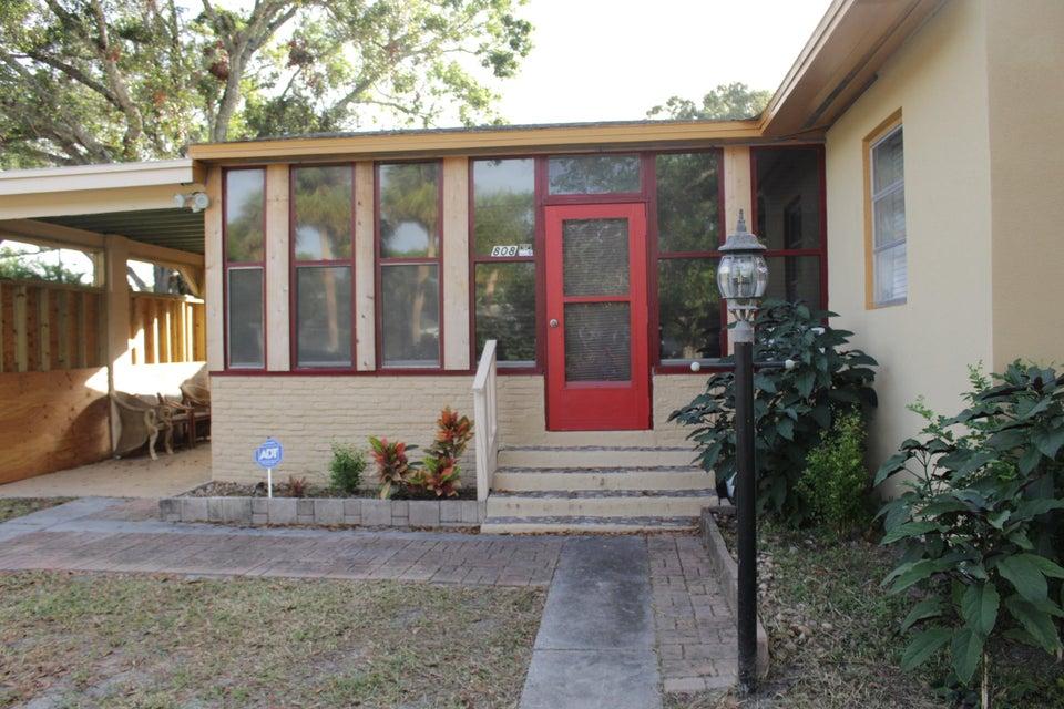 Casa para uma família para Venda às 808 S 12th Street 808 S 12th Street Fort Pierce, Florida 34950 Estados Unidos