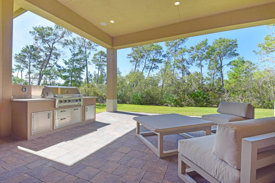 Additional photo for property listing at 10046 SE Sandpine Lane 10046 SE Sandpine Lane Hobe Sound, Florida 33455 United States