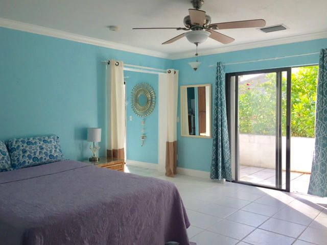 Additional photo for property listing at 751 Ocean Drive 751 Ocean Drive 朱诺海滩, 佛罗里达州 33408 美国