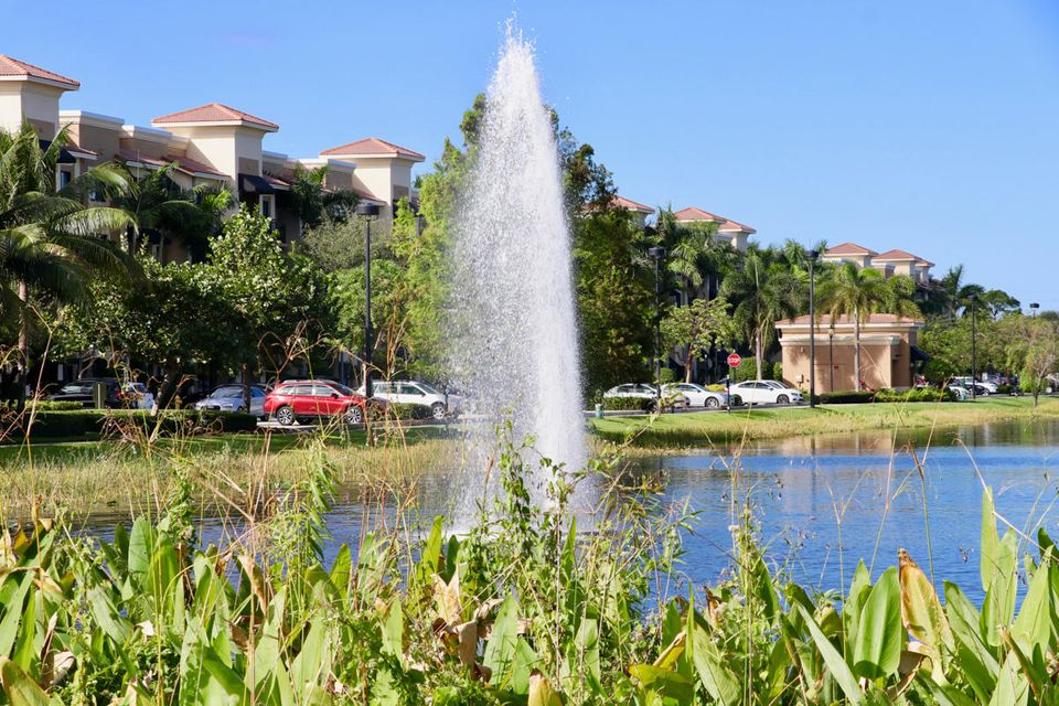 4903 Midtown Lane 3414 , Palm Beach Gardens FL 33418 is listed for sale as MLS Listing RX-10378321 27 photos