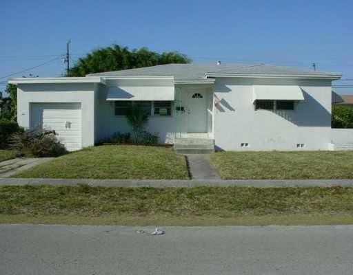 Casa Unifamiliar por un Venta en 1081 NE 166th Street 1081 NE 166th Street North Miami Beach, Florida 33162 Estados Unidos