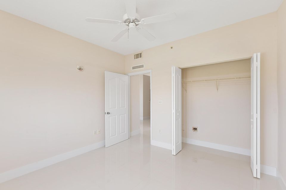 Additional photo for property listing at 250 NE 3rd Avenue 250 NE 3rd Avenue Delray Beach, Florida 33444 Estados Unidos