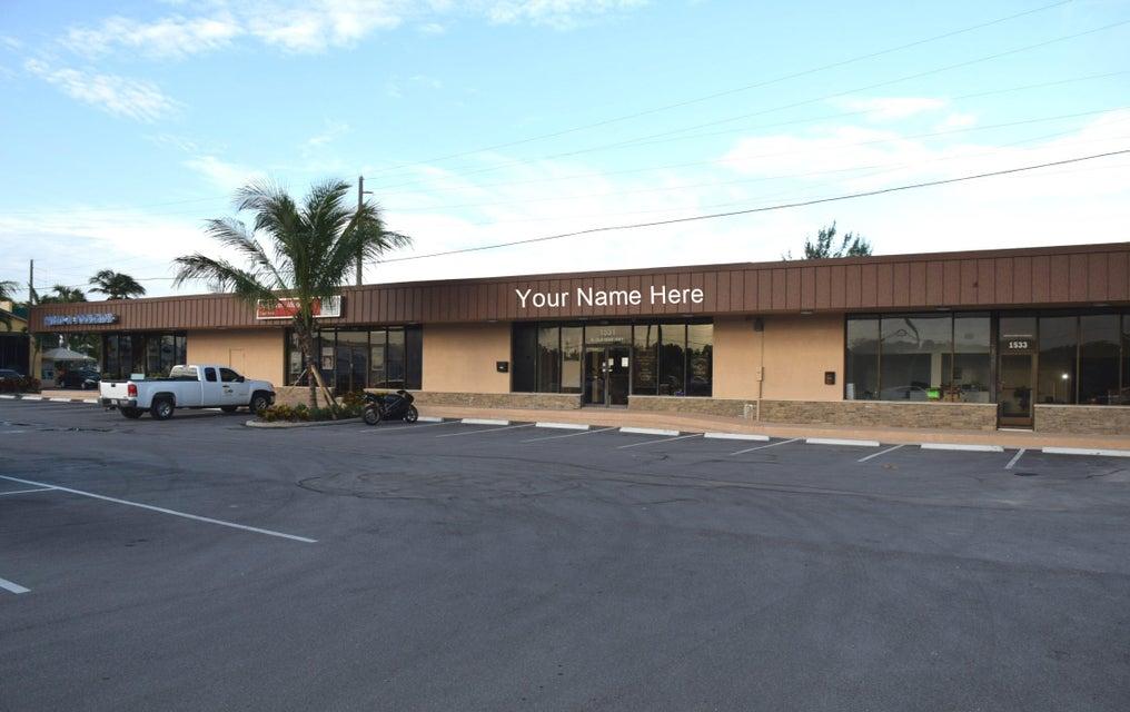 Commercial / Industriel pour l à louer à 1531 N U.S. Highway One 1531 N U.S. Highway One Jupiter, Florida 33477 États-Unis