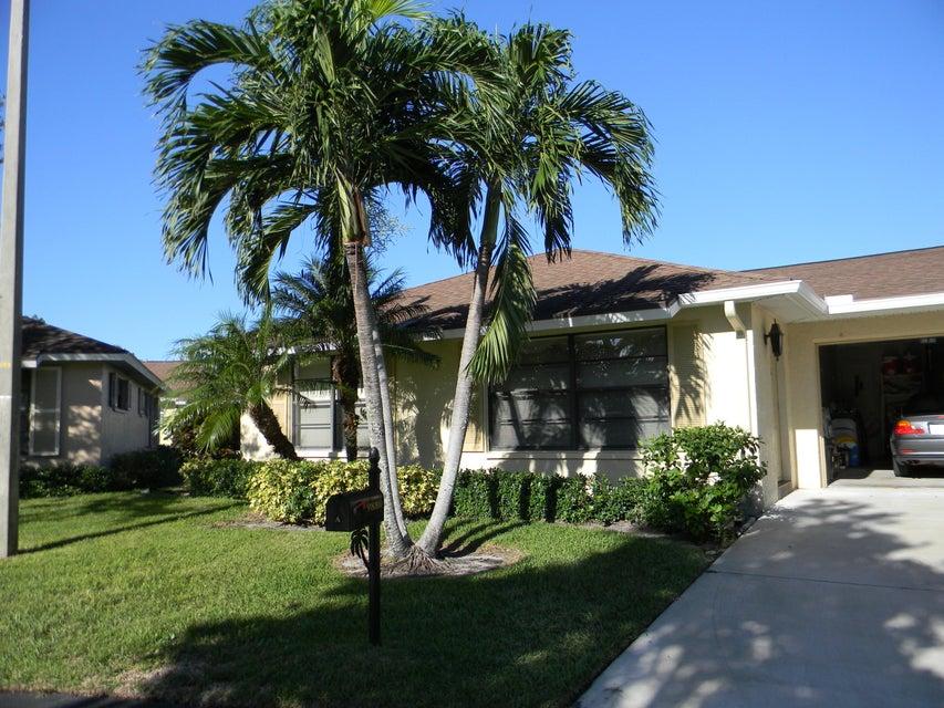 Villa por un Alquiler en 9880 Pecan Tree Drive 9880 Pecan Tree Drive Boynton Beach, Florida 33436 Estados Unidos