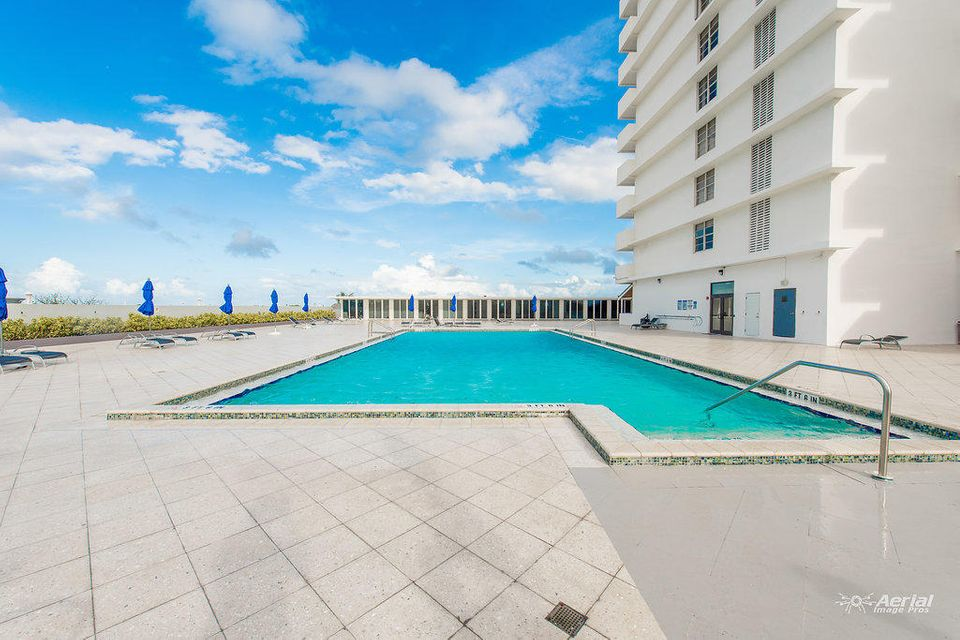 Home for sale in THE PAVILION CONDOMINIUM Miami Beach Florida