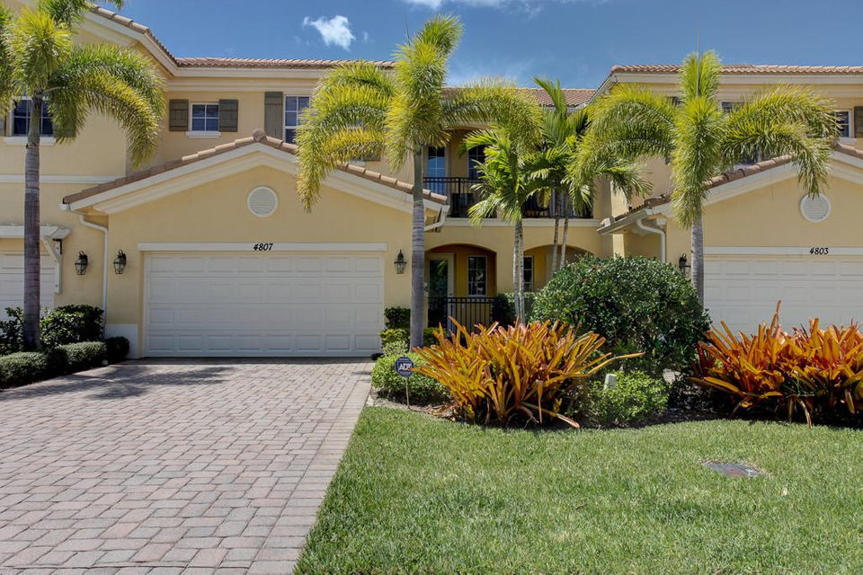 4807 Cadiz Circle , Palm Beach Gardens FL 33418 is listed for sale as MLS Listing RX-10378464 46 photos