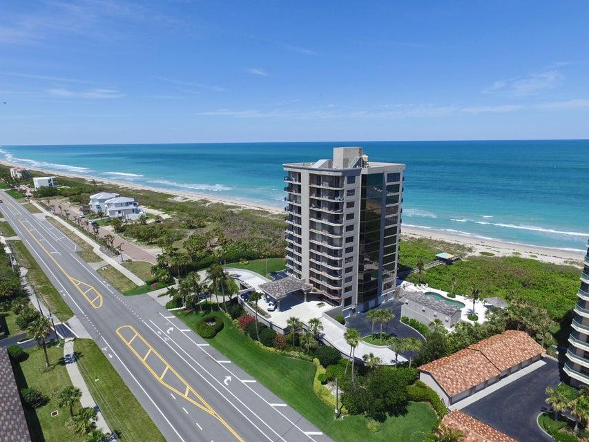 Condominio por un Venta en 4400 N Hwy A1a # 7S 4400 N Hwy A1a # 7S Hutchinson Island, Florida 34949 Estados Unidos