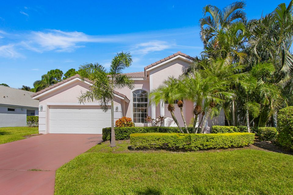 117 Bent Tree Drive , Palm Beach Gardens FL 33418 is listed for sale as MLS Listing RX-10378509 21 photos