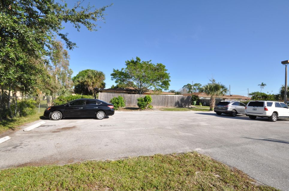 Quadraplex pour l Vente à Address not available West Palm Beach, Florida 33406 États-Unis