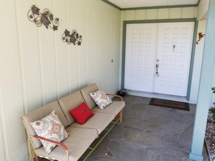 独户住宅 为 销售 在 629 NE Lima Vias 629 NE Lima Vias Jensen Beach, 佛罗里达州 34957 美国