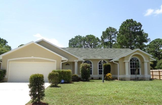 Casa para uma família para Venda às 1556 SW Dow Lane 1556 SW Dow Lane Port St. Lucie, Florida 34953 Estados Unidos