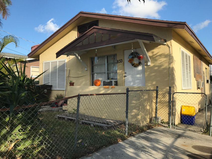 Additional photo for property listing at 833 Briggs Street 833 Briggs Street West Palm Beach, Florida 33405 États-Unis