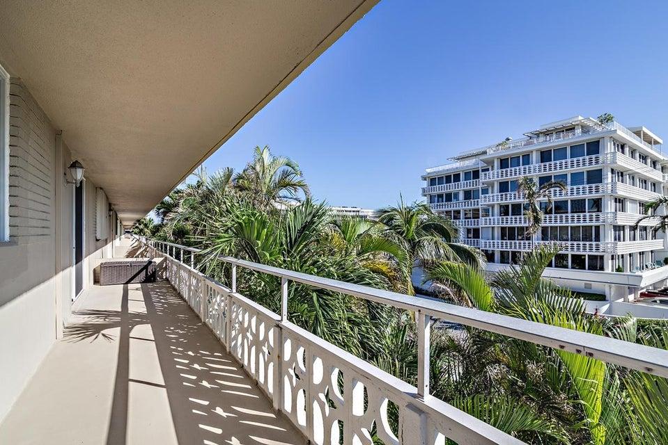 139 Sunrise Avenue 311 , Palm Beach FL 33480 is listed for sale as MLS Listing RX-10377489 24 photos