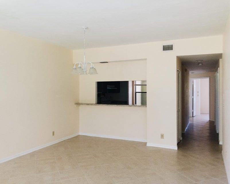 Additional photo for property listing at 5280 SE Seascape Way # 102 5280 SE Seascape Way # 102 Stuart, Florida 34997 United States