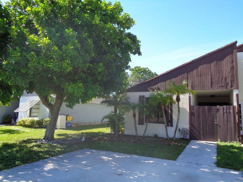 Additional photo for property listing at 1407 White Pine Drive 1407 White Pine Drive Wellington, Florida 33414 États-Unis