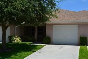 Additional photo for property listing at 1748 N Dove Tail Drive N 1748 N Dove Tail Drive N Fort Pierce, Florida 34982 États-Unis