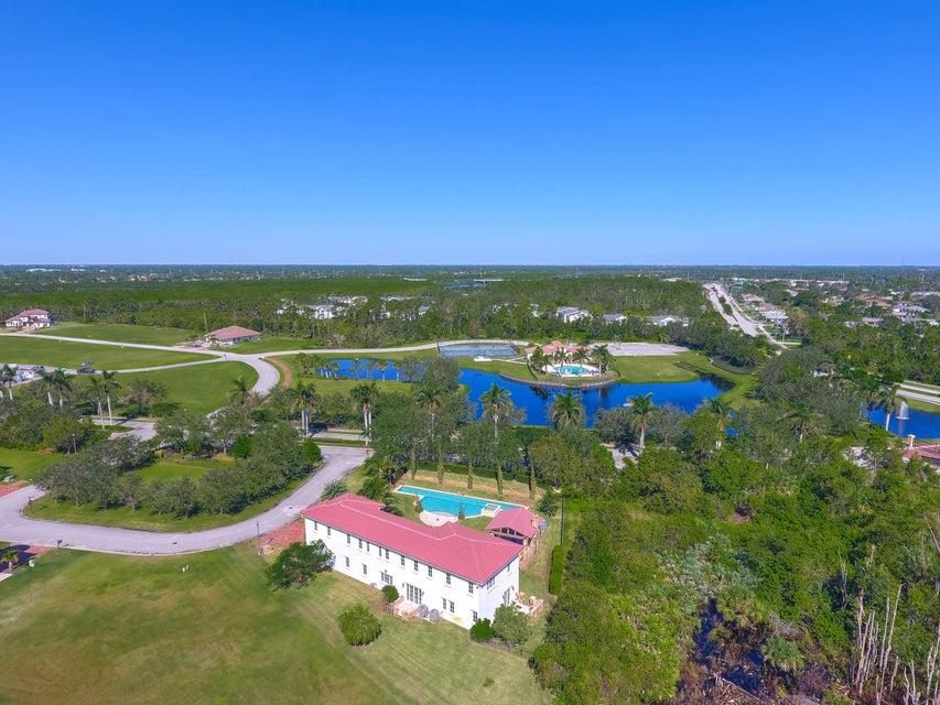 Additional photo for property listing at 108 SE Cortile Pinero 108 SE Cortile Pinero 圣露西港, 佛罗里达州 34952 美国