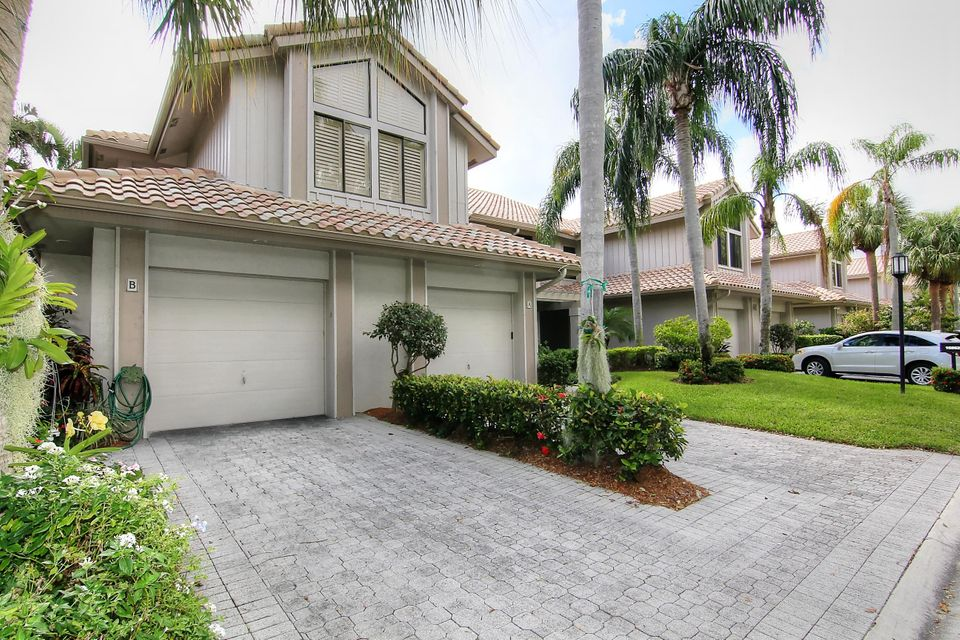 Single Family Home for Sale at 16862 Isle Of Palms Drive 16862 Isle Of Palms Drive Delray Beach, Florida 33484 United States