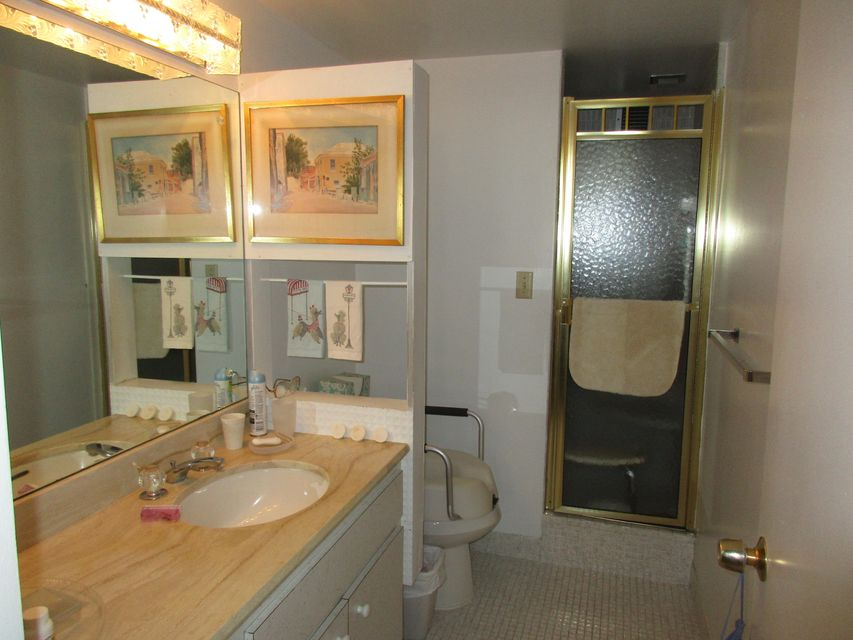 2600 N Flagler Drive 402 West Palm Beach, FL 33407 small photo 22
