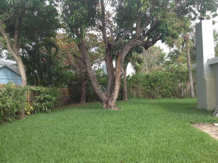 Additional photo for property listing at 721 Kanuga Drive 721 Kanuga Drive West Palm Beach, Florida 33401 United States