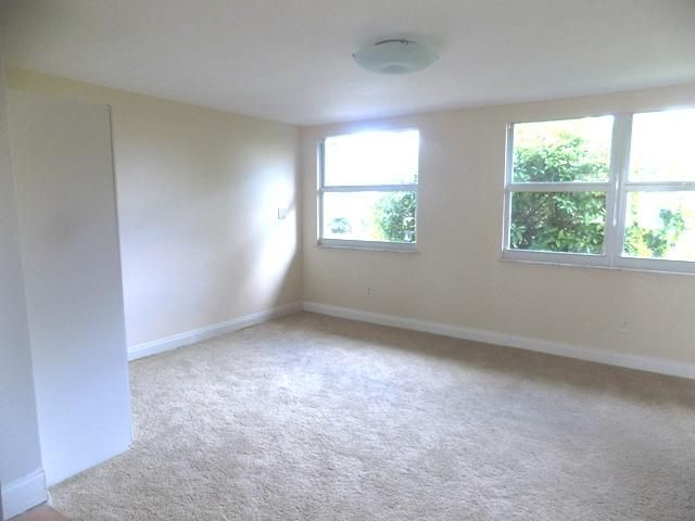 Additional photo for property listing at 1026 SW 12th Terrace 1026 SW 12th Terrace Boca Raton, Florida 33486 United States