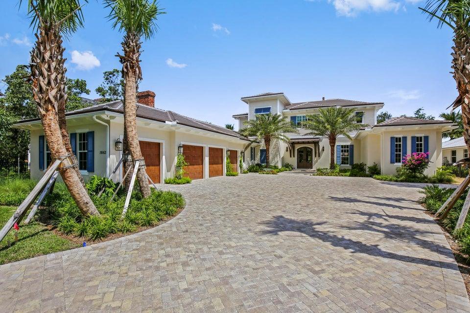 Частный односемейный дом для того Продажа на 19163 SE Jupiter River Drive 19163 SE Jupiter River Drive Jupiter, Флорида 33458 Соединенные Штаты