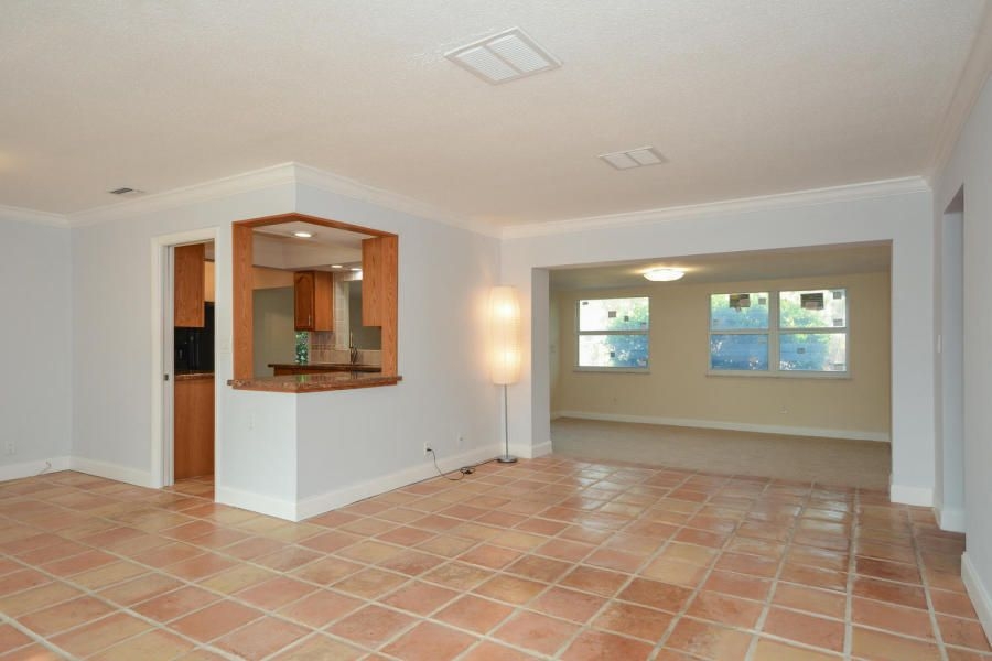 Additional photo for property listing at 1026 SW 12th Terrace 1026 SW 12th Terrace Boca Raton, Florida 33486 États-Unis