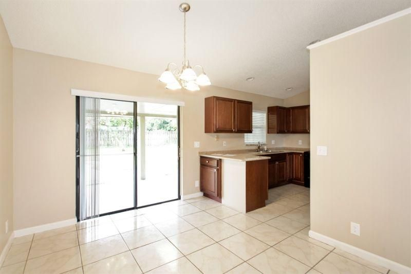 Additional photo for property listing at 272 La Mancha Avenue 272 La Mancha Avenue West Palm Beach, Florida 33411 United States